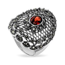 Кольцо из серебра с гранатом